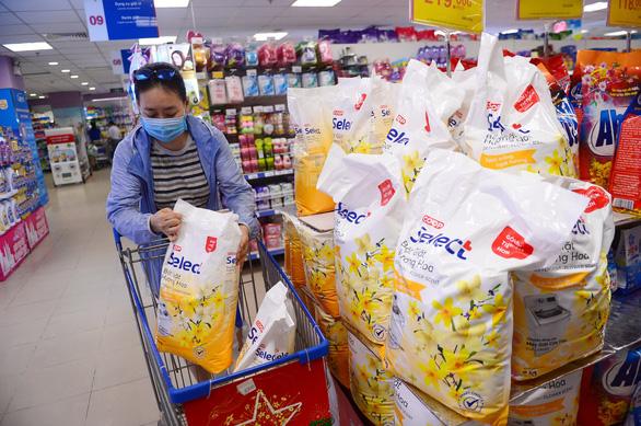 Nghĩ về kỷ lục hệ thống siêu thị thuần Việt lâu đời nhất Việt Nam - Ảnh 3.
