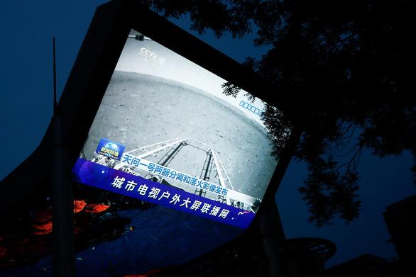 Robot Trung Quốc trên sao Hỏa bị đồn đã vỡ nát - Ảnh 3.