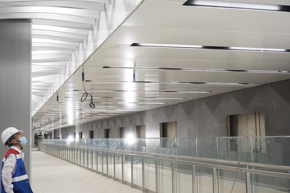 Dự án metro số 1: nhà ga trung tâm Bến Thành đã hoàn thành gần 87% - Ảnh 1.