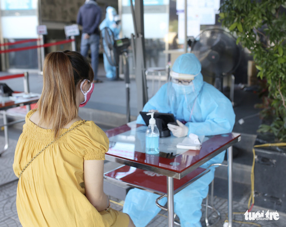 Bệnh viện Đa khoa Gia Đình tăng hiệu quả sàng lọc qua khai báo y tế - Ảnh 2.