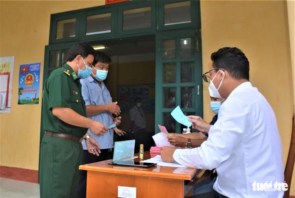 Cà Mau: Bầu cử sớm tại các đảo Hòn Khoai và Hòn Chuối - Ảnh 2.