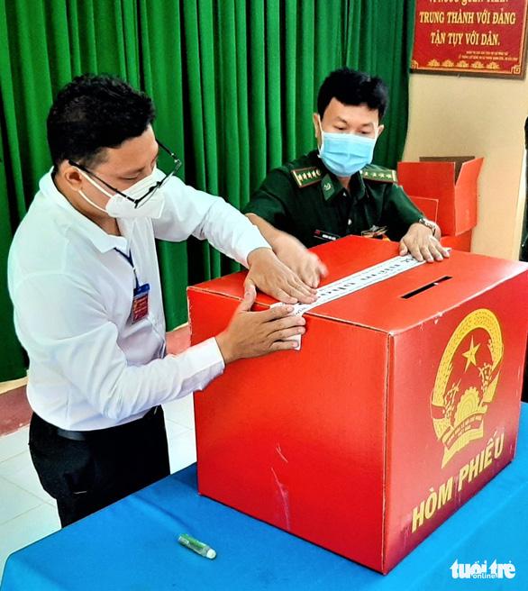 Cà Mau: Bầu cử sớm tại các đảo Hòn Khoai và Hòn Chuối - Ảnh 3.