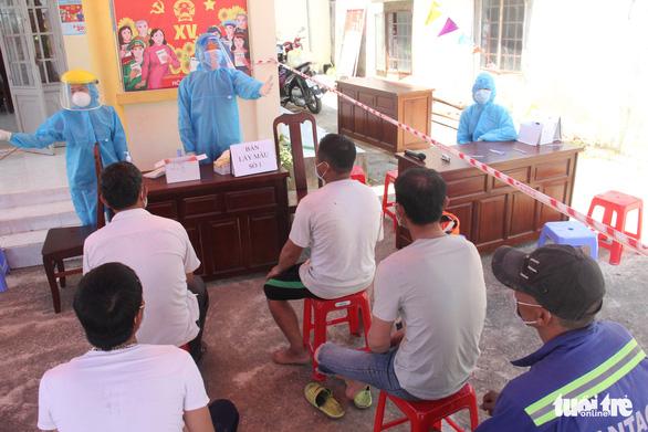 Số lượt xét nghiệm gần bằng số hộ dân, Đà Nẵng tạm sạch COVID-19 - Ảnh 1.