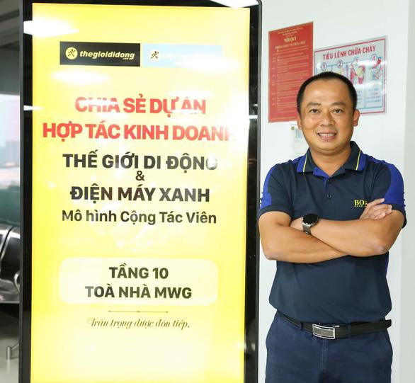 Thế Giới Di Động bắt tay tiểu thương vùng sâu bán hàng chính hãng - Ảnh 2.