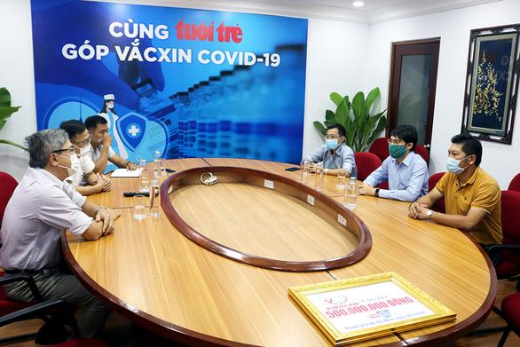 Hơn 25.000 tỉ đồng tiêm vắc xin COVID-19: Kêu gọi sự chung tay - Ảnh 1.