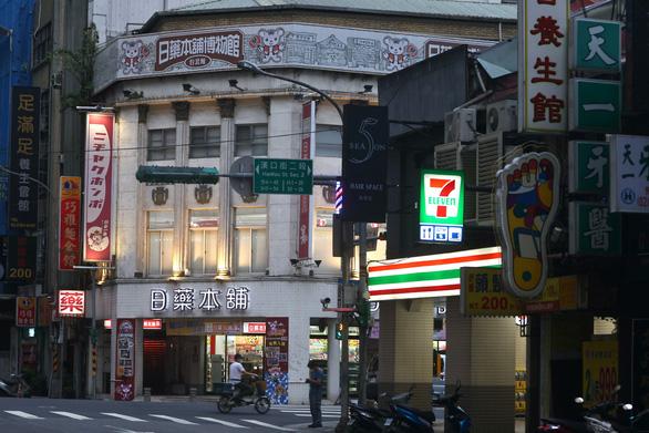 Đài Loan tố Trung Quốc tung tin giả về COVID-19, làm mất uy tín chính quyền - Ảnh 1.