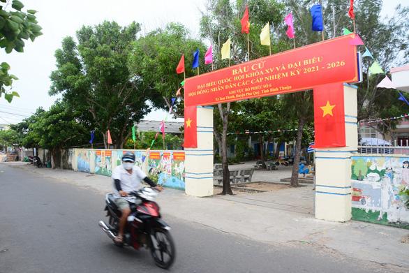 Hơn 20.000 cử tri đảo Phú Quý sẵn sàng cho ngày bầu cử - Ảnh 2.