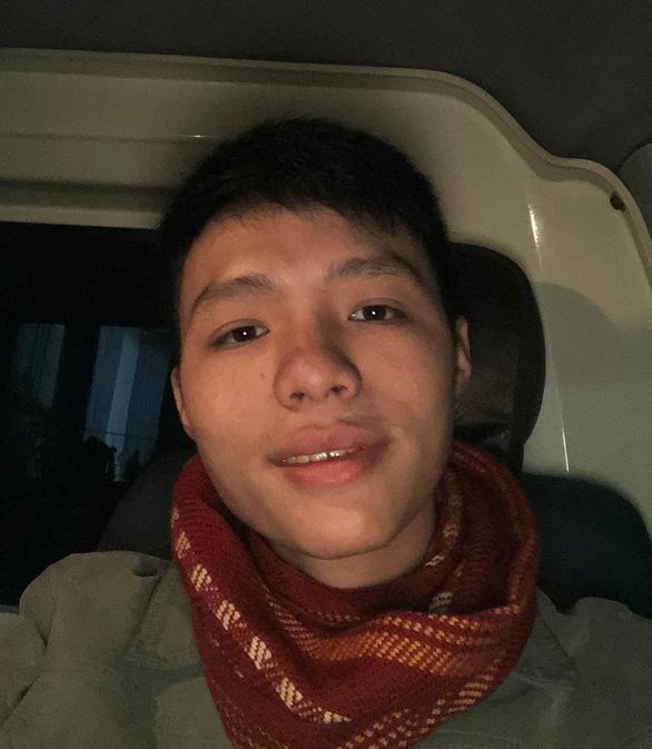 Chàng trai vượt hơn 500km tình nguyện lái xe cứu thương chống dịch ở Bắc Giang - Ảnh 2.