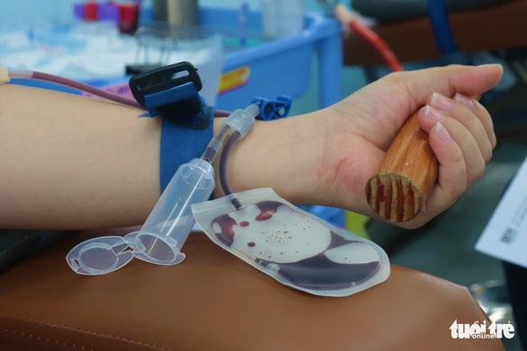 TP.HCM báo động nguy cơ thiếu máu cục bộ trong vài ngày tới - Ảnh 1.