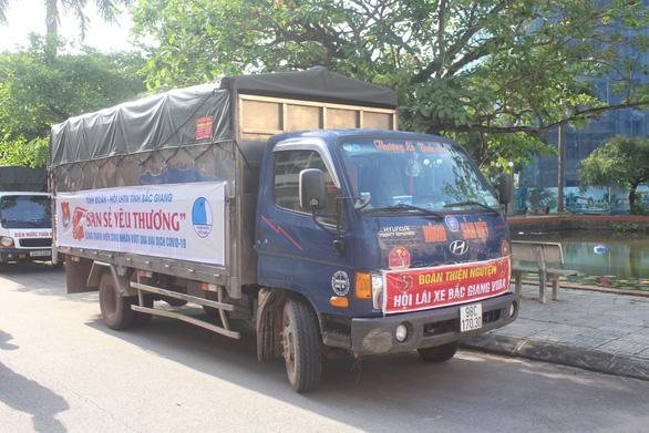 10 tấn gạo san sẻ yêu thương hỗ trợ thanh niên công nhân ở Bắc Giang - Ảnh 2.