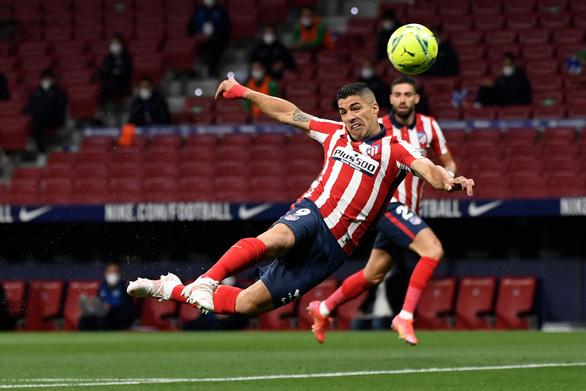 Vòng đấu cuối cùng La Liga: Atletico chờ đợi Suarez - Ảnh 1.
