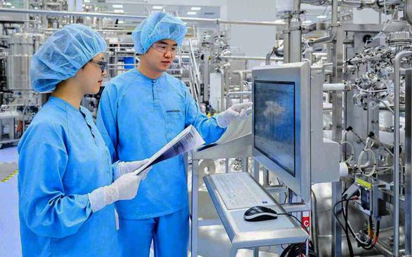Châu Á giải cơn khát vắc xin COVID-19 - Ảnh 1.