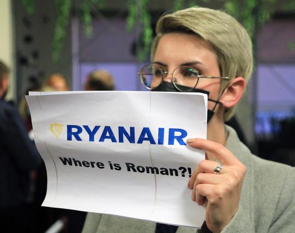 پرونده اجبار هواپیما برای فرود اضطراری: گفته شد بلاروس هنگام دستگیری یک شخصیت مخالف از قانون تبعیت می کند - عکس 1.