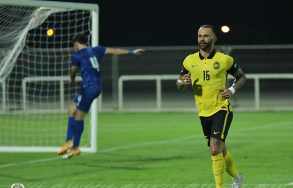 Cầu thủ nhập tịch gốc Brazil ghi bàn, Malaysia vẫn thảm bại 1-4 trước Kuwait - Ảnh 1.