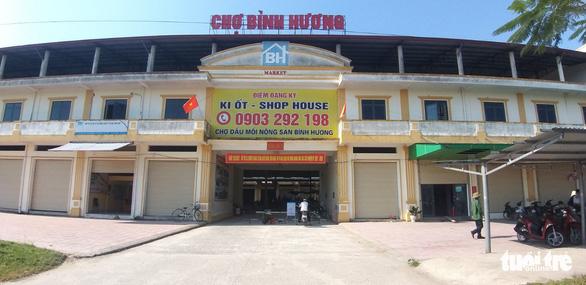 Cảnh đìu hiu tại khu chợ gần 150 tỉ đồng ở Hà Tĩnh - Ảnh 1.