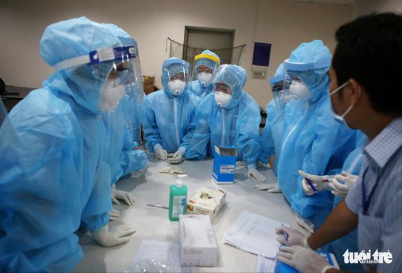 Chiều 24-5, thêm 96 ca COVID-19 mới, Bộ Y tế kêu gọi cả nước trợ giúp Bắc Ninh, Bắc Giang - Ảnh 1.