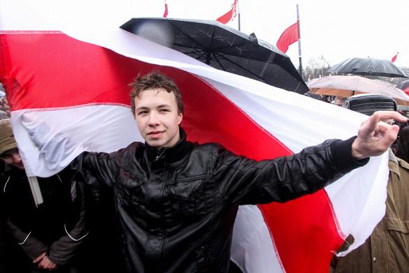 Nhân vật đối lập bị Belarus bắt tại sân bay đã nhận tội - Ảnh 1.