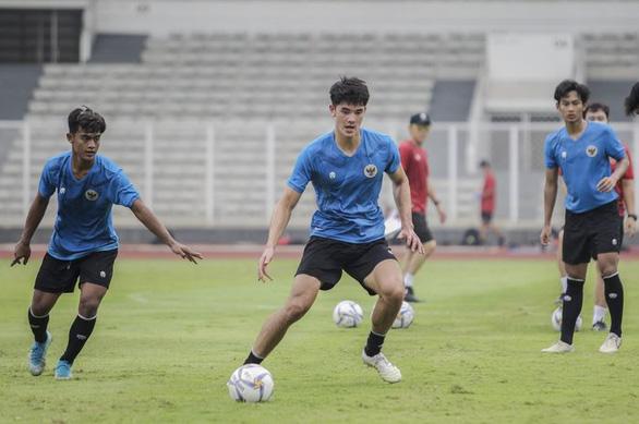 HLV tuyển Indonesia nổi giận vì ngôi sao gốc Anh không lên tuyển - Ảnh 1.
