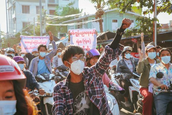 Một nhà báo Mỹ bị bắt ở Myanmar khi chuẩn bị đến Malaysia - Ảnh 1.