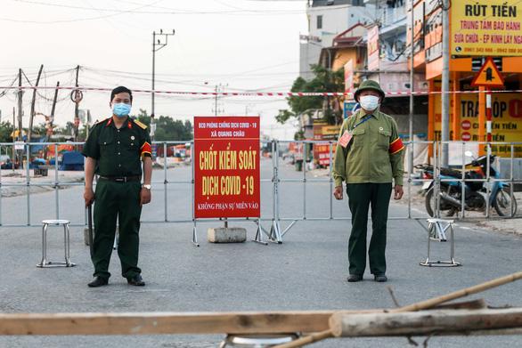 Bắc Giang: Yêu cầu dân không ra khỏi nhà - Ảnh 1.