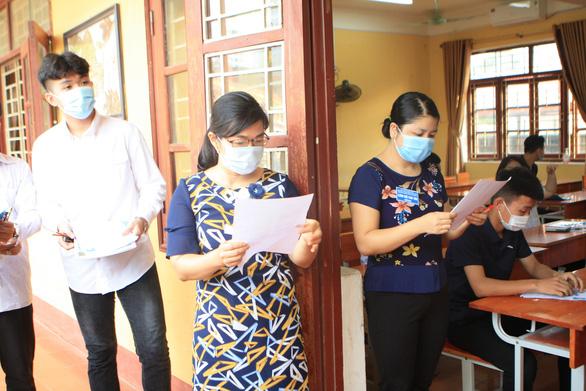 9.147 học sinh lớp 12 ở Bắc Giang thuộc diện cách ly y tế - Ảnh 1.