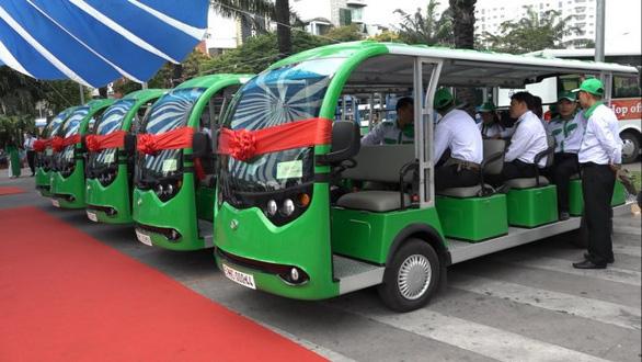 Thí điểm xe buýt điện chạy trong vành đai hạn chế ở Cần Giờ - Ảnh 1.