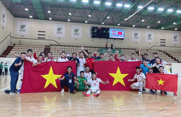 Futsal Việt Nam lần thứ 2 liên tiếp giành vé dự World Cup - Ảnh 2.