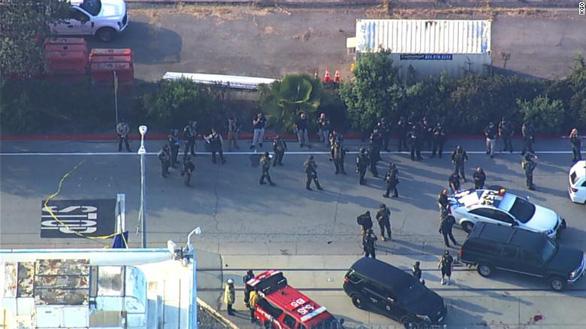 Xả súng bắn đồng nghiệp ở San Jose, California, 9 người chết - Ảnh 1.