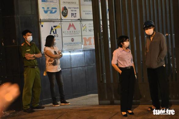 Khoanh vùng một tòa nhà ở quận Phú Nhuận và một phần Bệnh viện Nhân dân Gia Định - Ảnh 5.