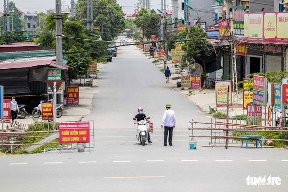 Nguy cơ lây nhiễm chéo, Bắc Giang chấn chỉnh khu cách ly tập trung - Ảnh 1.