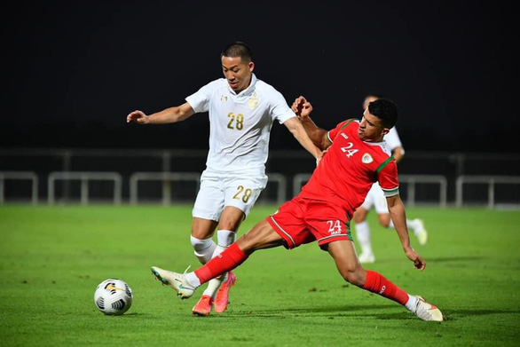 Giao hữu chuẩn bị vòng loại World Cup 2022: Thái Lan thua sát nút Oman - Ảnh 1.
