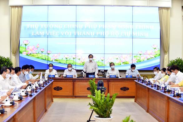 Thủ tướng: Ngân sách tăng thêm cho TP.HCM tập trung hạ tầng - Ảnh 1.