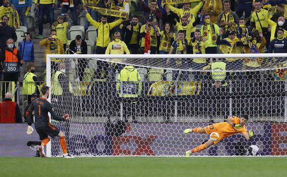 Chiến thắng ở quả penalty thứ 11, Villarreal lần đầu vô địch Europa League - Ảnh 4.