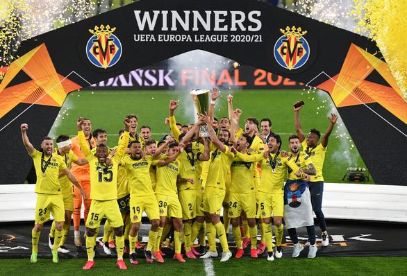 Chiến thắng ở quả penalty thứ 11, Villarreal lần đầu vô địch Europa League - Ảnh 1.