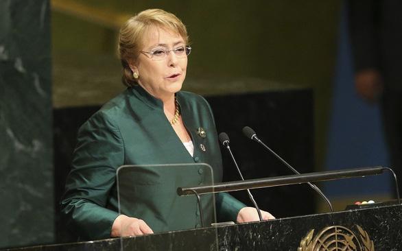 Cao ủy Liên Hiệp Quốc cảnh báo Israel không kích Gaza có thể bị coi là tội ác chiến tranh - Ảnh 1.