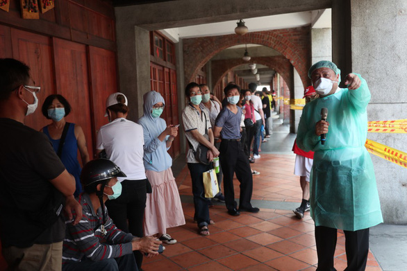 تایوان تقریبا 700 مورد COVID-19 اضافه کرد ، 13 نفر در 24 ساعت فوت کردند - عکس 1.