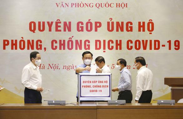 Văn phòng Quốc hội quyên góp 350 triệu đồng ủng hộ phòng, chống COVID-19 - Ảnh 1.
