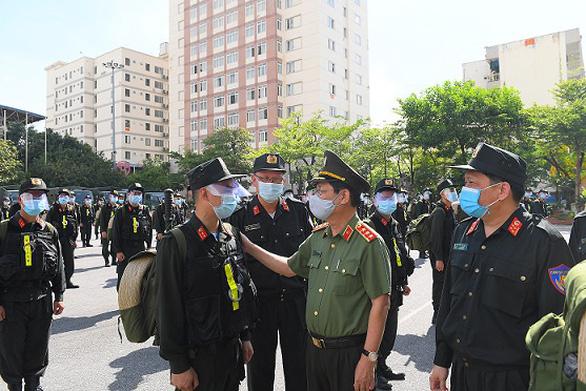 Bộ Công an chi viện 400 chiến sĩ, học viên cho Bắc Ninh phòng chống dịch COVID-19 - Ảnh 1.