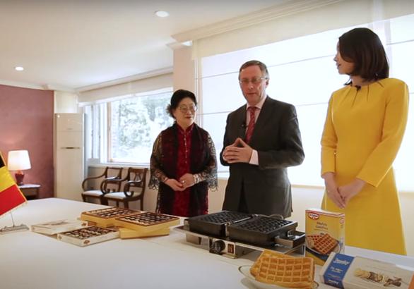 Đại sứ Bỉ tại Hàn Quốc mất chức vì vợ tát nhân viên bán hàng - Ảnh 1.