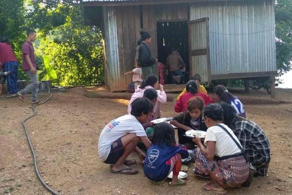 Nạn đói rình rập hàng triệu người Myanmar - Ảnh 2.