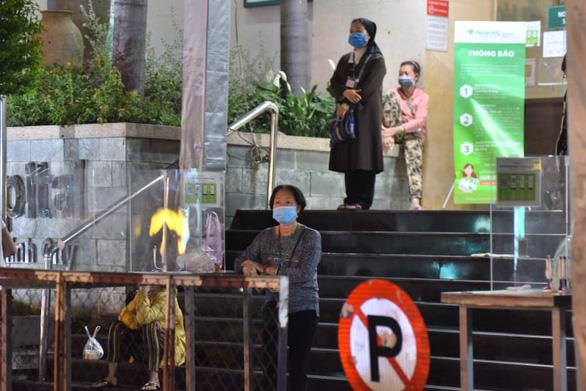 Bệnh viện đa khoa Hoàn Mỹ Sài Gòn tạm ngưng đón bệnh nhân đến thăm khám - Ảnh 1.