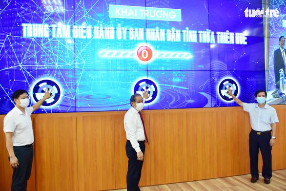 Huế ra mắt trung tâm điều hành 4 không 1 có ở UBND tỉnh - Ảnh 1.