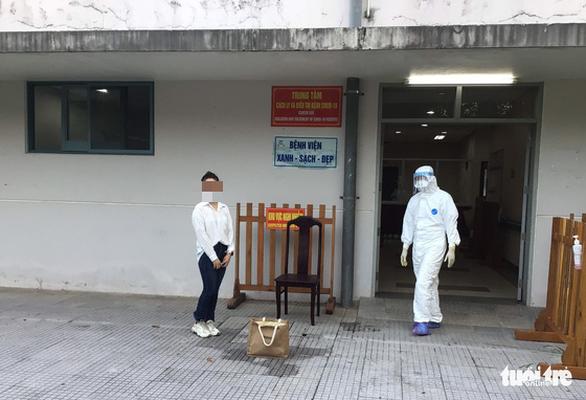 Bốn bệnh nhân mắc COVID-19 ở Huế khỏi bệnh - Ảnh 1.
