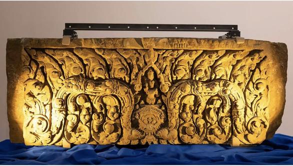 Thái Lan nhận lại 2 phù điêu ngàn năm tuổi bị lấy cắp hơn nửa thế kỷ - Ảnh 1.