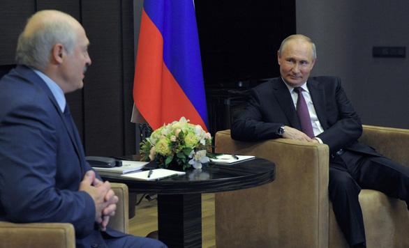 Mỹ tuyên bố trừng phạt Belarus - Ảnh 2.