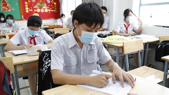 Đang dịch COVID-19, vì sao Sở GD-ĐT TP.HCM không xét tuyển lớp 10 mà lại thi? - Ảnh 1.