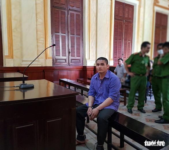 Bất ngờ phát hiện bị cáo... tâm thần sau khi bị tuyên tử hình vì giết 4 người - Ảnh 1.