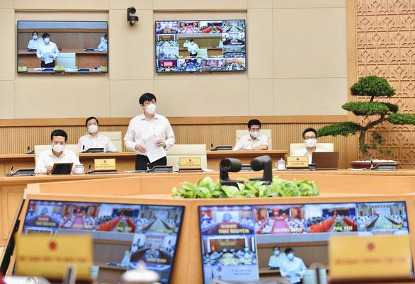 Thủ tướng Phạm Minh Chính: Phải tiếp cận mọi khả năng để mua vắc xin - Ảnh 3.