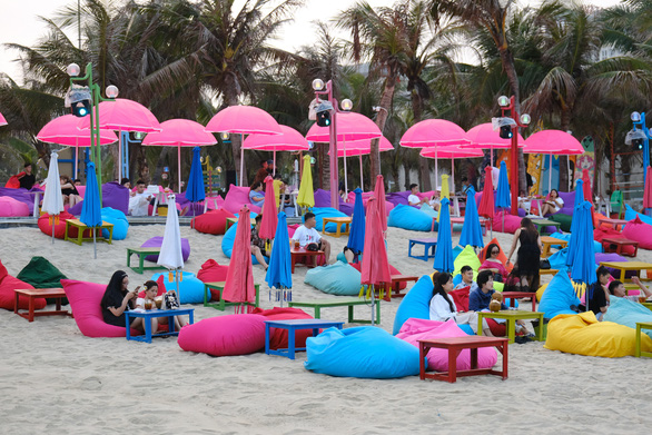 Khách đến Đà Nẵng dịp lễ 30-4 và 1-5 chỉ đạt 58% dự kiến - Ảnh 1.