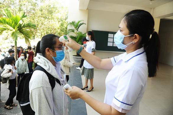 Quảng Nam yêu cầu khai báo y tế với trẻ mầm non, học sinh, sinh viên - Ảnh 1.